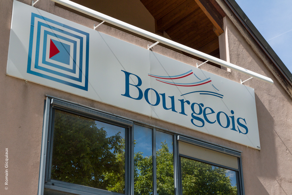 Ancienne enseigne Bourgeois
