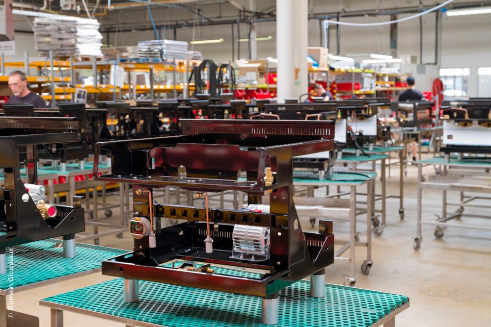 UNIC_machine à café_assemblage machine traditionnelle -1