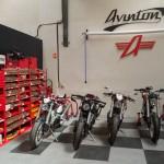 AVINTON-moto française-atelier-7