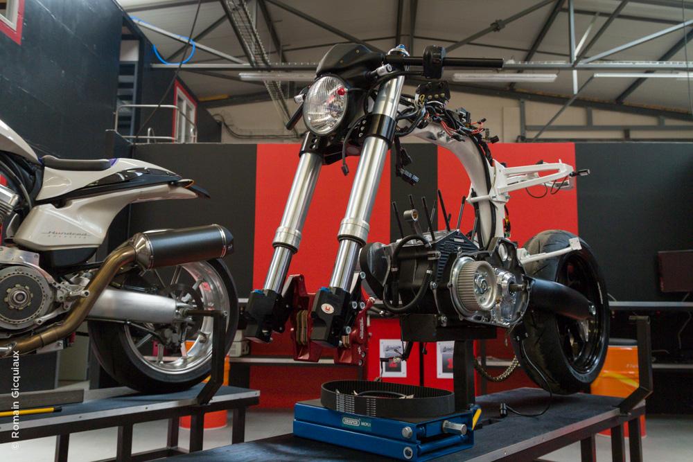 AVINTON-moto française-atelier-8